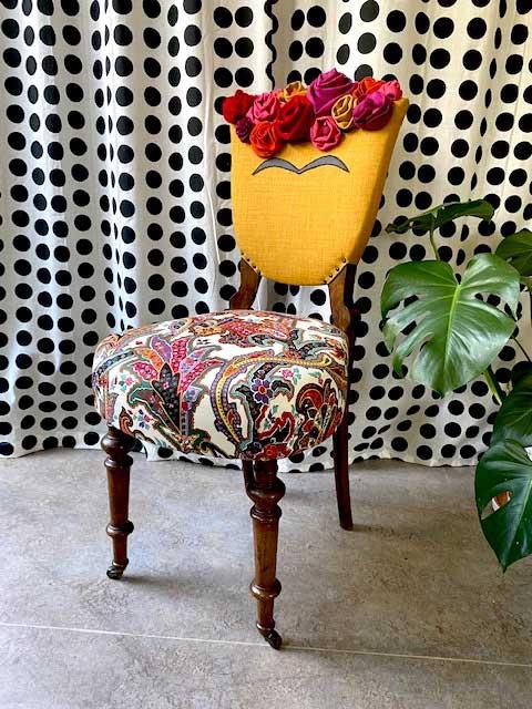 Omdesignad stol Frida Kahlo